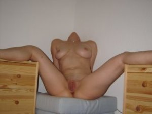 Anfel brunette call girl in Staunton, VA