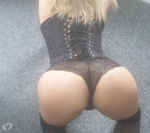 Gizelle escort girl in Bingley, UK