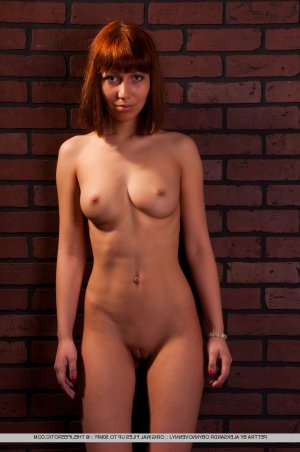 Suzi brunette escorts Horizon West